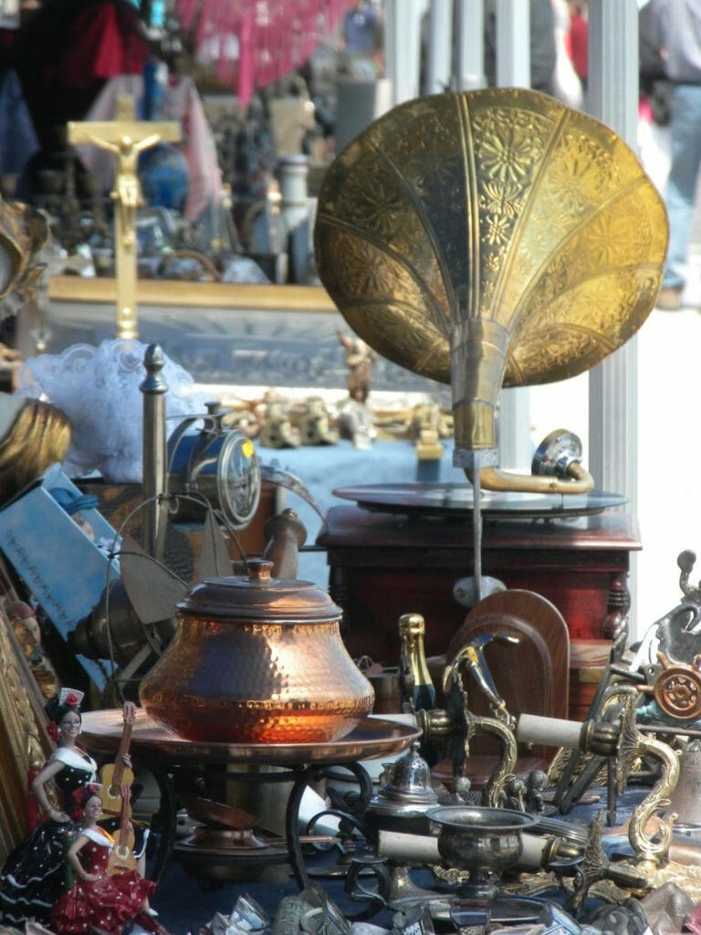 Антикварный рынок в готическом квартале