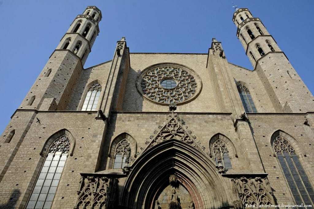 Санта Мария дель  Мар фасад